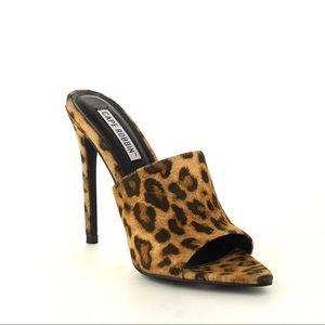 Leopard mule pump